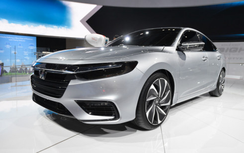 2019 Honda Insight Vs Honda Accord Sedan Hyundai Ioniq