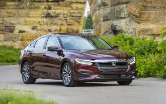 2019 Honda Insight hybrid sedan costs $23,725 to start