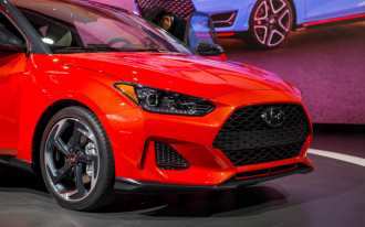 2019 Hyundai Veloster Turbo driven, 2018 Porsche 911 Carrera T, 2-cylinder Silverado: What's New @ The Car Connection