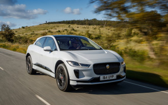 2019 Jaguar I-Pace Vs. Tesla Model X 75D: Compare Electric Cars