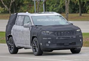 2019 Jeep 3-row SUV (Yuntu) spy shots - Image via S. Baldauf/SB-Medien