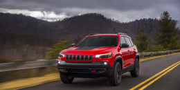 2019 Jeep Cherokee goes mainstream, turbocharged