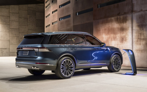 2019 Lincoln Aviator Picturesphotos Gallery The Car Connection