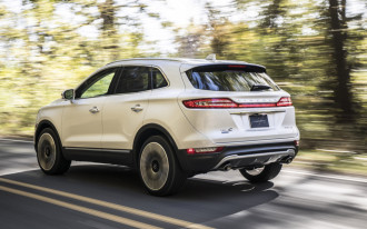 Takata recall update, 2019 Lincoln MKC, 2019 Aston Martin Vantage: What's New @ The Car Connection