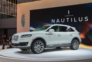 2019 Lincoln Nautilus, 2017 Los Angeles Auto Show