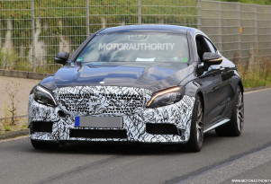 2019 Mercedes-AMG C63 Coupe facelift spy shots - Image via S. Baldauf/SB-Medien