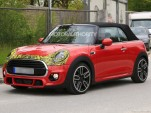 2019 Mini Convertible facelift spy shots - Image via S. Baldauf/SB-Medien
