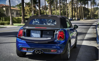 2019 Mini Cooper, Mercedes' new infotainment, 300,000th Nissan Leaf: What's New @ The Car Connection