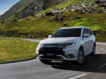 2019 Mitsubishi Outlander PHEV updates for Europe to debut in Geneva