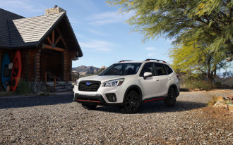 2019 Subaru Forester compact SUV costs $25,270 to start, about $500 more than outgoing model