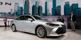2019 Toyota Avalon, 2018 Detroit auto show