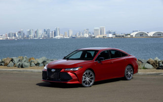 2019 Toyota Avalon first drive: full-size sedan with a sassy chassis