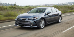 2019 Toyota Avalon Hybrid first drive review: understated efficiency