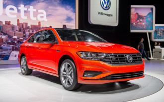 2019 Volkswagen Jetta revealed: VW's sedan hits the gym for bigger body, sharper looks