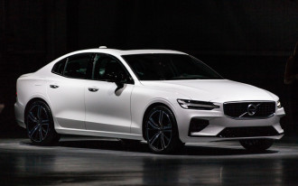 2019 Volvo S60 debuts, 2019 Mazda MX-5 Miata updates, 2019 Honda Insight video review: What's New @ The Car Connection