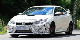 2020 Honda Civic Type R facelift spy shots - Image via S. Baldauf/SB-Medien