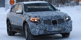 2020 Mercedes-Benz EQC spy shots - Image via S. Baldauf/SB-Medien