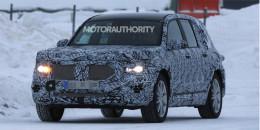 2021 Mercedes-Benz GLB spy shots - Image via S. Baldauf/SB-Medien