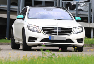 2021 Mercedes-Benz S-Class test mule spy shots - Image via S. Baldauf/SB-Medien