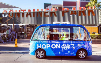 Las Vegas' free self-driving shuttle involved in crash on its first day