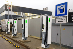 Europe takes the lead in very fast electric-car charging