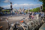 All cars with engines to be off Dutch roads by 2030, following 2025 sales ban