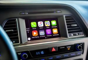Apple CarPlay, in 2016 Hyundai Sonata