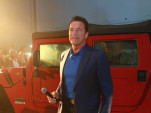 Arnold Schwarzenegger introduces the Kreisel Hummer H1 electric conversion