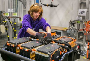 Advances In Lithium-Sulfur Batteries Offer Promise For Electric Cars