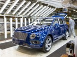Behind the scenes at Bentley's assembly plant in Crewe, England - Image via AutoEmotionenTV