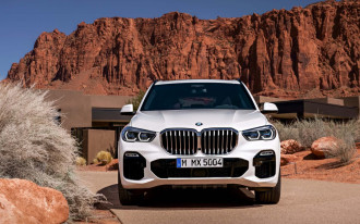 2019 BMW X5 price, Land Rover Defender SVX, Electric SUVs: What's New @ The Car Connection