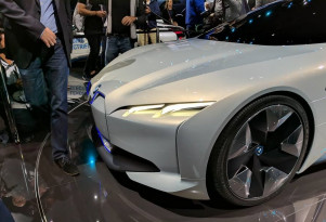 Which maker will sell most electric luxury cars by 2020? Take our Twitter poll