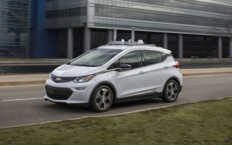 Honda-GM autonomous car tie-up, Rennsport Reunion VI, Mercedes EQC 400 debuts: What's New @ The Car Connection