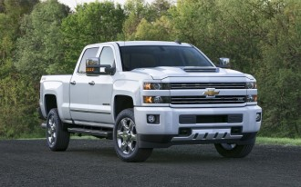 Fire risk prompts Chevrolet, GMC to recall 324K heavy duty pickup trucks