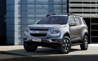 2013 Chevrolet TrailBlazer Revealed In Production Trim