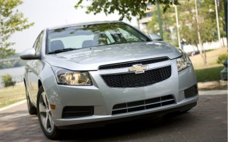 GM Recalls 2011 Chevrolet Cruze For Steering Wheel Issue