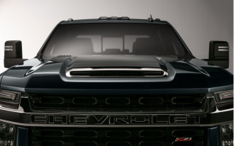 Tall order pickup truck: 2020 Chevrolet Silverado HD teased