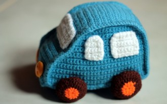For The Crafty Procrastinator: 7 Car Gifts You Can Crochet At Home