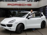 Customer takes delivery of 500,000th Porsche Cayenne built at Leipzig plant