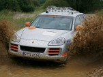 Drivers get acquainted with the Cayenne S Transsyberia