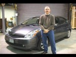 Editor John Voelcker of GreenCarReports.com in front of 2008 Toyota Prius