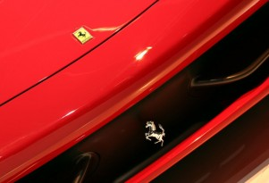 First Ferrari Hybrid Likely To Be A V-12