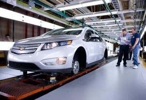 2015 Chevrolet Volt Production Ends To Retool For All-New 2016 Volt Launch