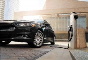 Ford C-Max Energi, Fusion Energi owners still waiting for cooler charge cords