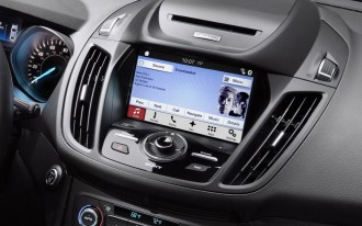 Automakers band together to push back on tech giants for infotainment