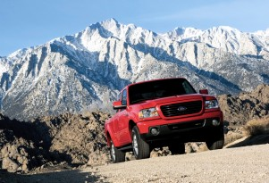 Ford Compact Pickup Truck: Coming Back After All, Sized Like Ranger?