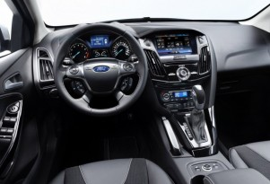 VIDEO: Ford CEO Alan Mulally Explains Ford's Tech Roadmap at CES