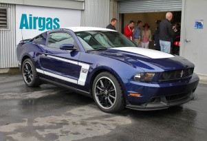 Ford introduces the 2012 Mustang Boss 302