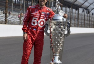 Franchitti hugs the Borg Warner trophy again - Anne Proffit photo