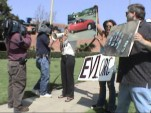 GM EV1 Anti-Crush Protests,  Screenshot, Who Killed The Electric Car?